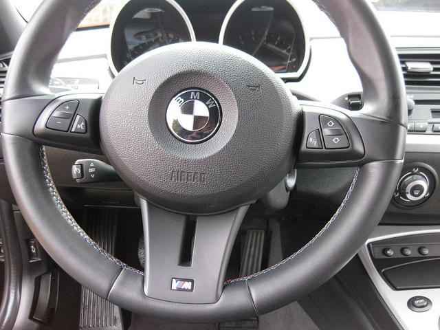 Auto fahren nach distaler Radiusfraktur